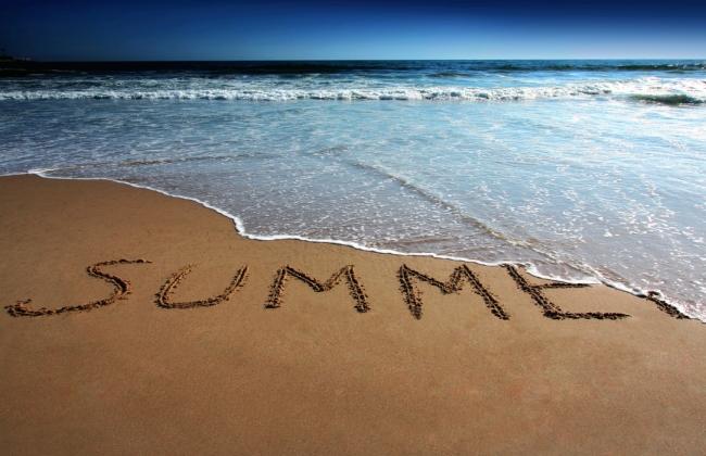 Τι κάνει το κάθε ζώδιο για να παρατείνει το καλοκαίρι;