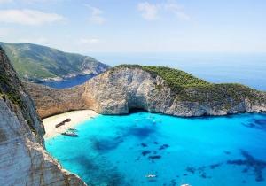 Ποιος προορισμός ταιριάζει στα 12 ζώδια για καλοκαιρινές διακοπές;