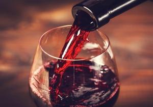 Σε τι πρέπει 'να βάλεις νερό στο κρασί σου' για να κατακτήσεις τα ζώδια;