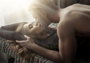Πως φιλούν οι άνδρες του ζωδιακού;
