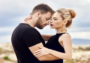 Τα ζώδια κάνουν νέο ξεκίνημα στον έρωτα! Πως καταλαβαίνεις ότι ερωτεύτηκαν;